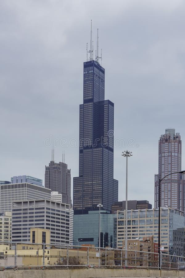 Willis Tower in een bewolkte dag royalty-vrije stock foto's