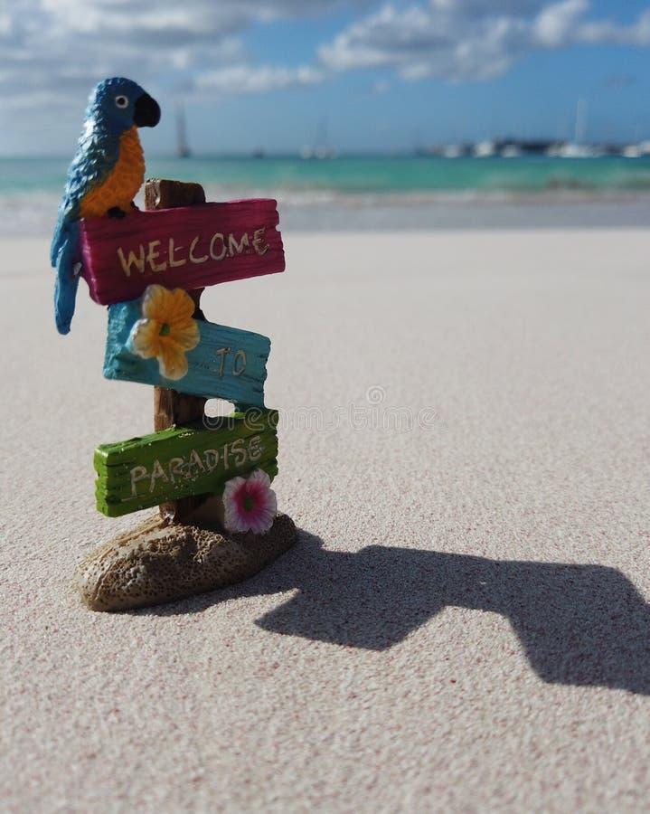 Willkommen im Paradies lizenzfreies stockbild