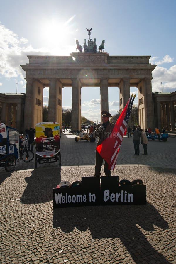 Willkommen nach Berlin lizenzfreie stockfotografie