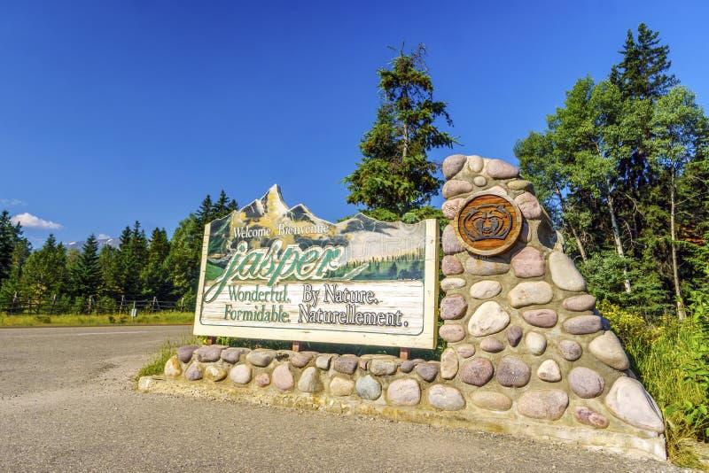 Willkommen zum Jaspis, freundliches Zeichen zur Stadt, Alberta, Kanada lizenzfreie stockfotos