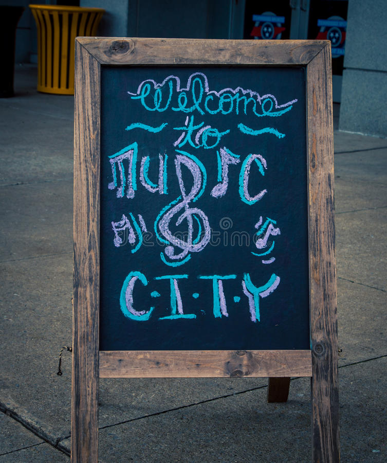 Willkommen zum Musikstadtzeichen stockfoto