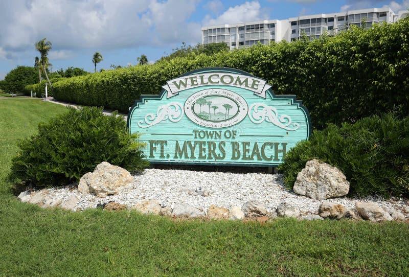 Willkommen zur Stadt von Fort-Myers Beach-Zeichen stockfoto