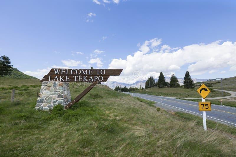 Willkommensschild, See Tekapo, Neuseeland stockfoto