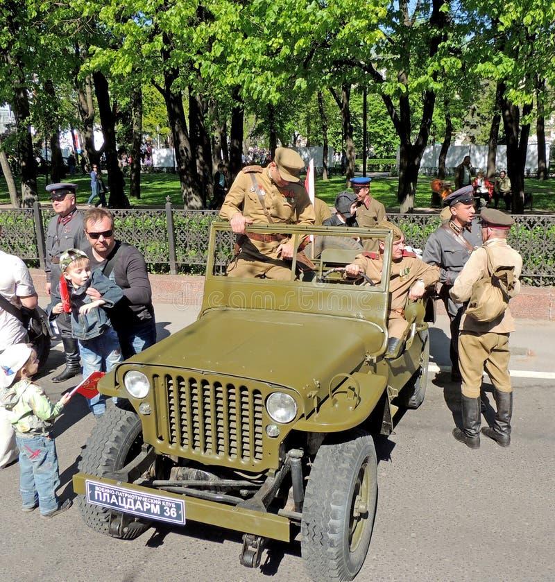 Willys MB - bil av U S Armé och röd armé av WW2 royaltyfria bilder