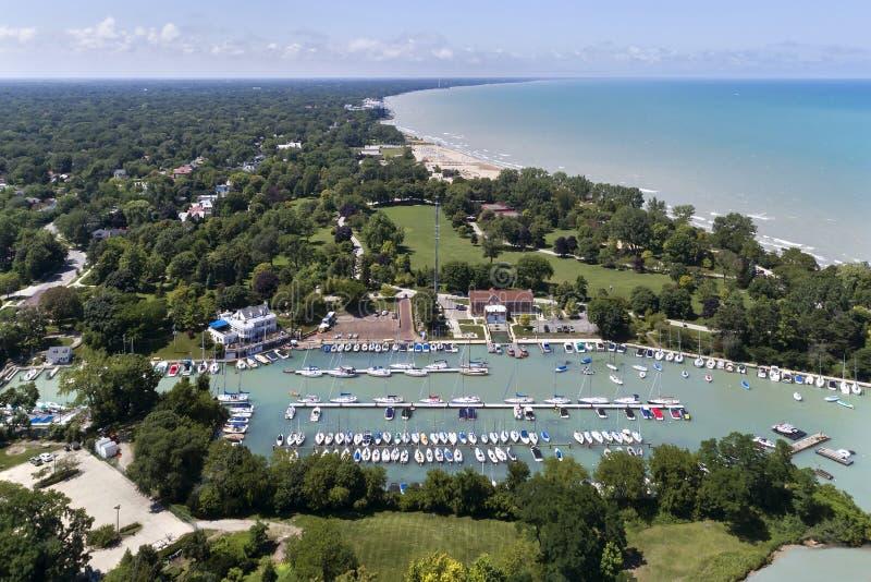 Wilmette hamn och Lake Michigan Shoreline royaltyfri foto