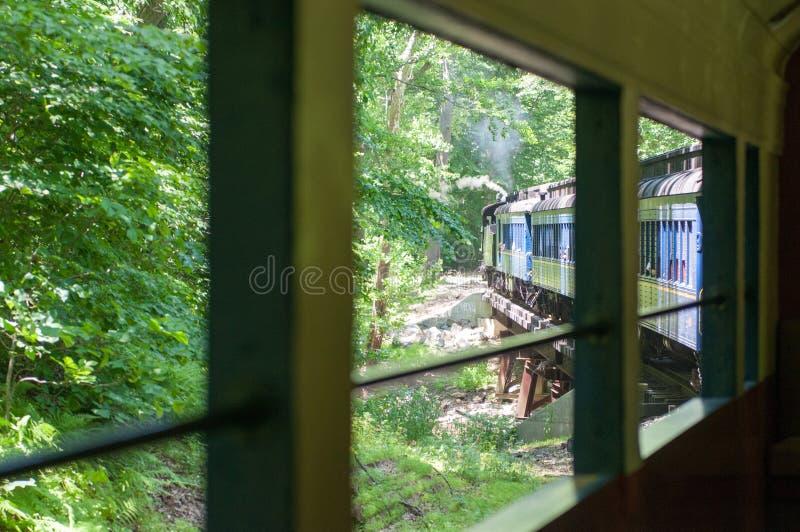 WILMINGTON, DE AM 15. JUNI: Das Wilmington und die Westeisenbahn ist eine Erbzuglinie für die Besucher, die auf touristisches geh stockbilder