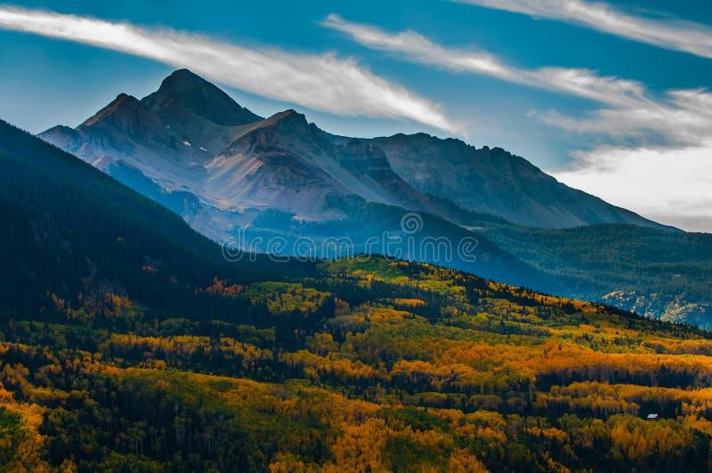 Wilson Peak en automne, réserve forestière d'Uncompahgre, le Colorado, photos libres de droits