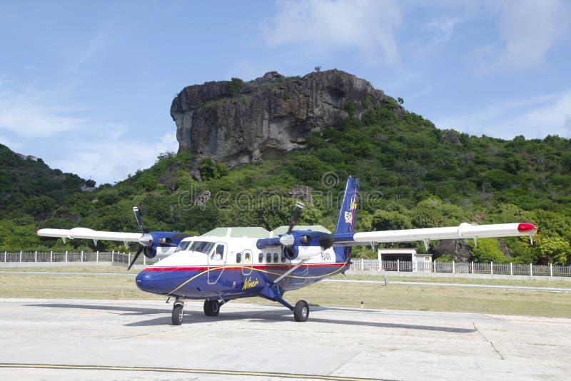 Winair dhc-6 vliegtuigen klaar om bij St Baronetsluchthaven op te stijgen royalty-vrije stock foto's