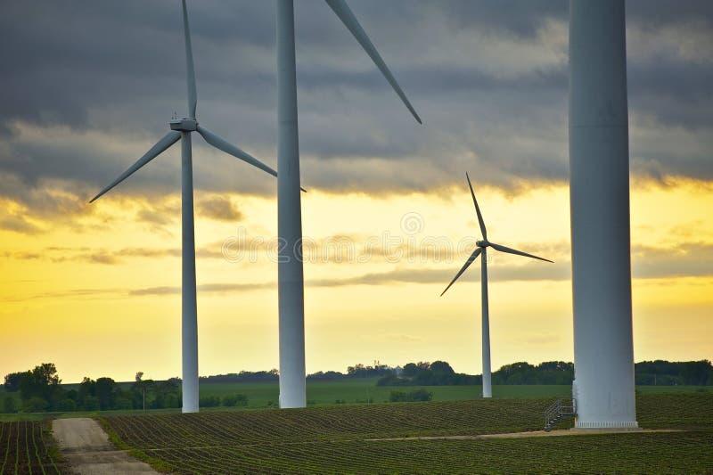 Wind-Energie übersieht lizenzfreie stockbilder