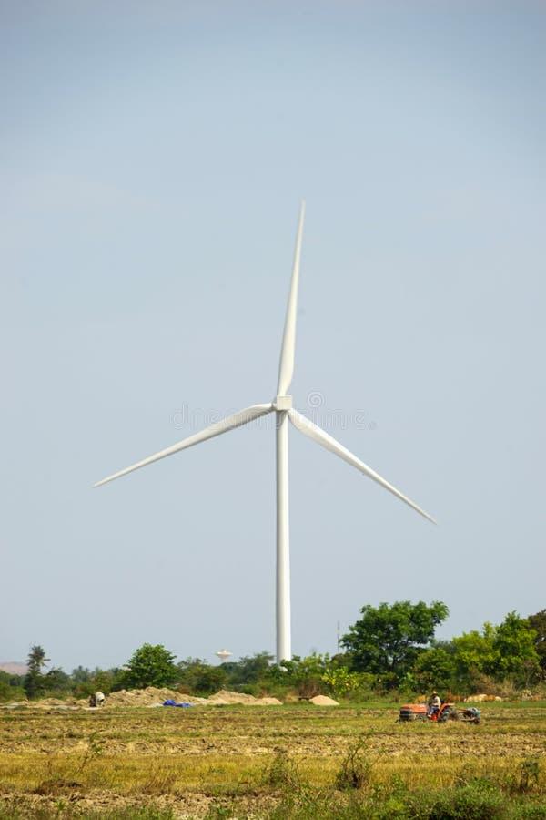 Wind gedreven elektrische centrales stock foto