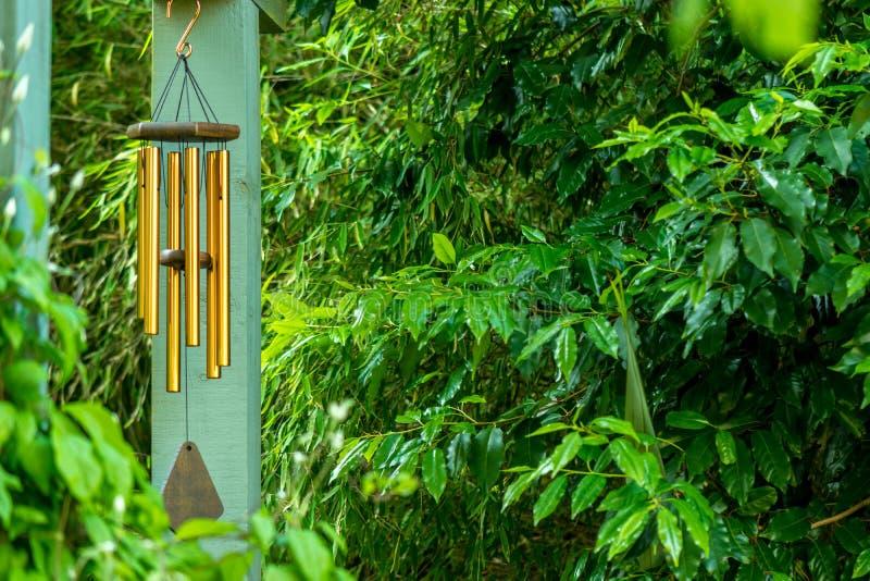 Wind-Glockenspiel lizenzfreie stockfotos