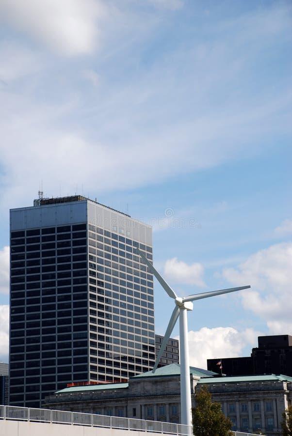 Wind-Leistung lizenzfreie stockbilder