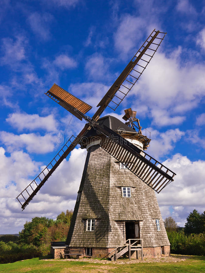 Free Wind Mill Stock Photography - 21594452