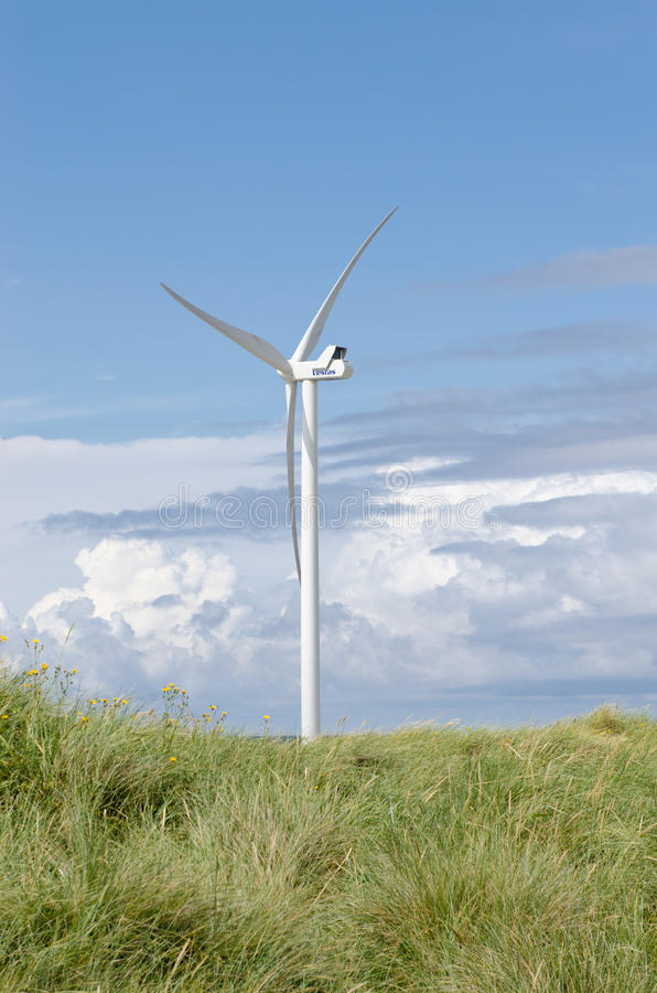 Download Wind turbine editorial photo. Image of spin, park, green - 26632241