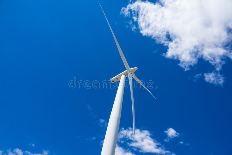 Download Wind Turbines And Wheat Fields In Eastern Oregon Stock Image - Image of generation, horizontal: 93574827