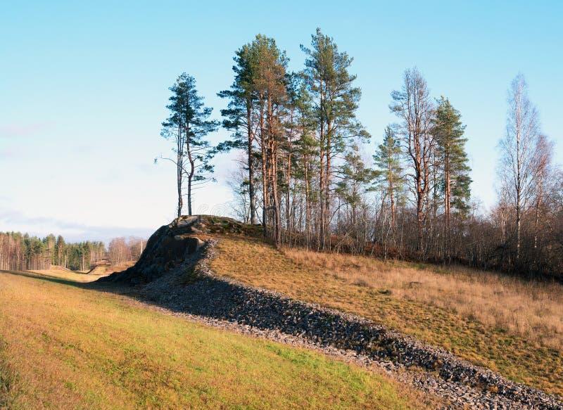 Windende heuvel langs weg a-121 Sortavala in Karelië Rusland De herfst royalty-vrije stock foto