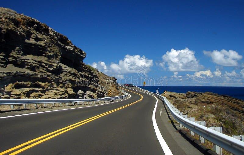 Windende Weg aan de Oceaan stock afbeeldingen