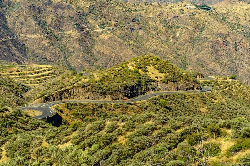 Windende wegen dichtbij Cruz de Tejeda royalty-vrije stock afbeelding