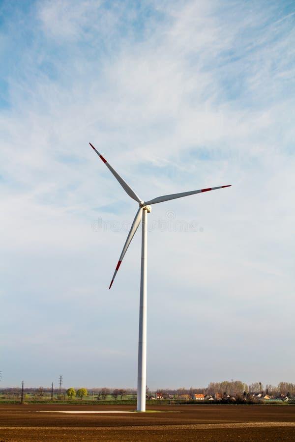 Windenergieinstallatie stock fotografie