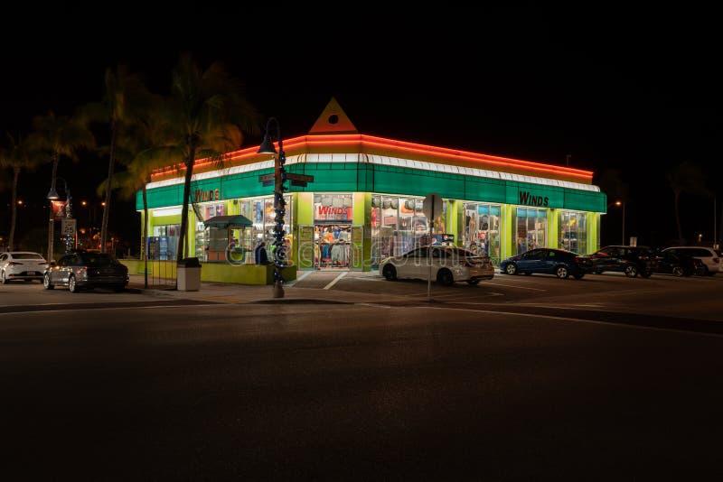 Windenfamilie Beachwear Store und Shop auf Old San Carlos Blvd & Estero Blvd in Fort Myers Beach lizenzfreie stockbilder