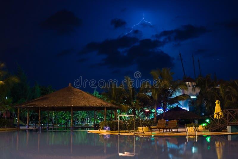 Winderige rust vóór het onweer stock foto's