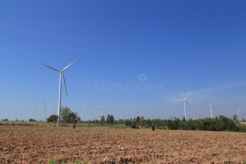 Windkraftanlage, alternative Energie produzierend stockbild