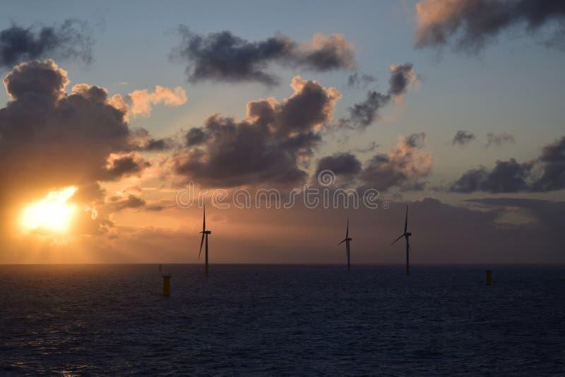 Windlandbouwbedrijf van Noordzee 2019 stock foto's