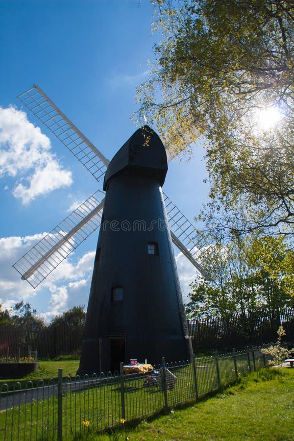 Windmühle in London stockbild