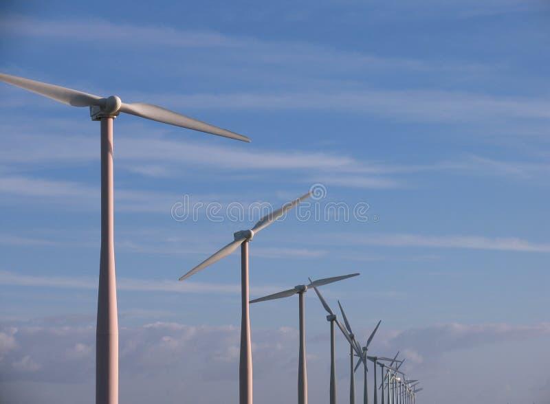 Download Windmühlen stockfoto. Bild von luft, umwelt, luftstrom, blatt - 41246