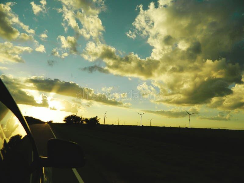 windmühlen stockfotos