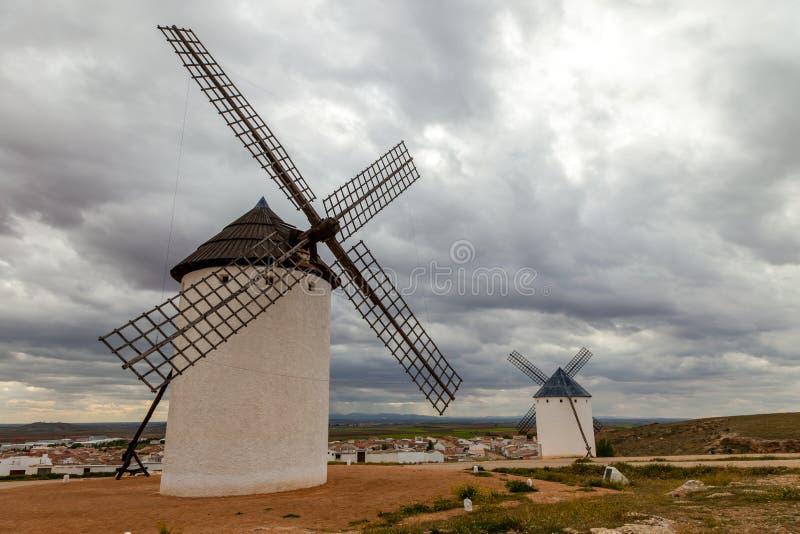 Windmühlen, Campo de Criptana lizenzfreies stockfoto