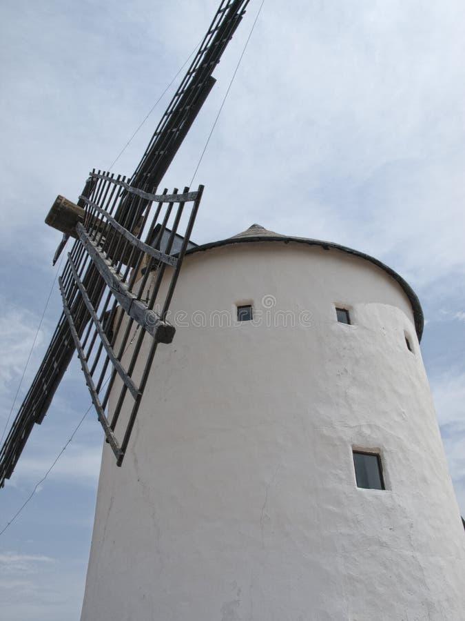 Windmühlen in Campo de Criptana lizenzfreie stockfotografie