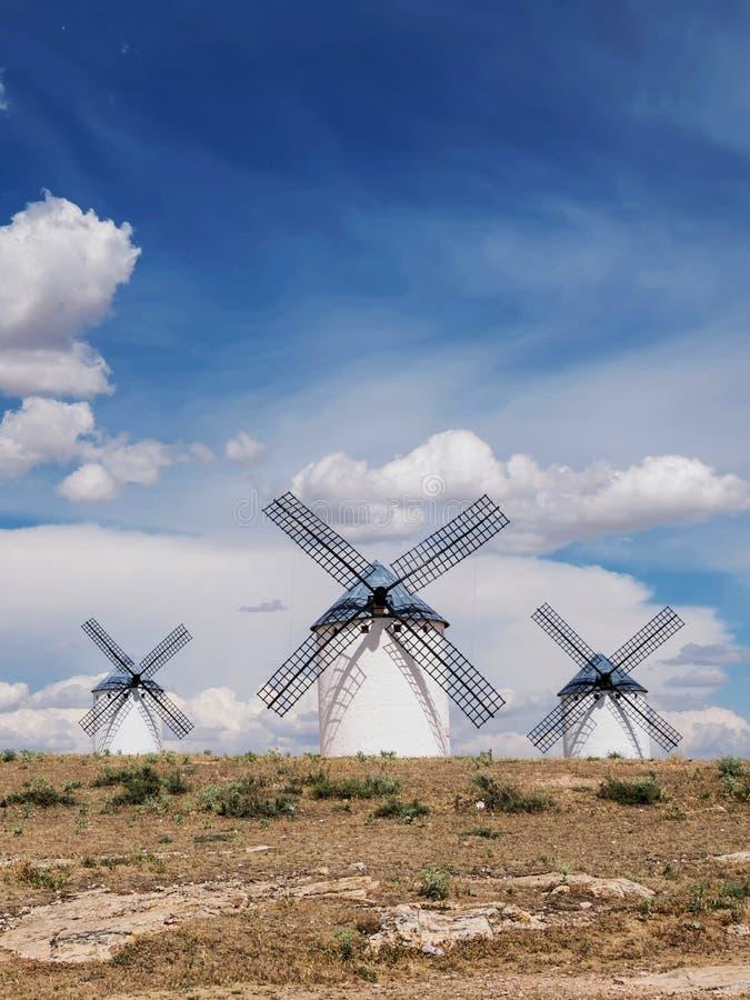 Windmühlen von Don Quixote in Campo de Criptana Kastilien-La Mancha spanien lizenzfreie stockbilder