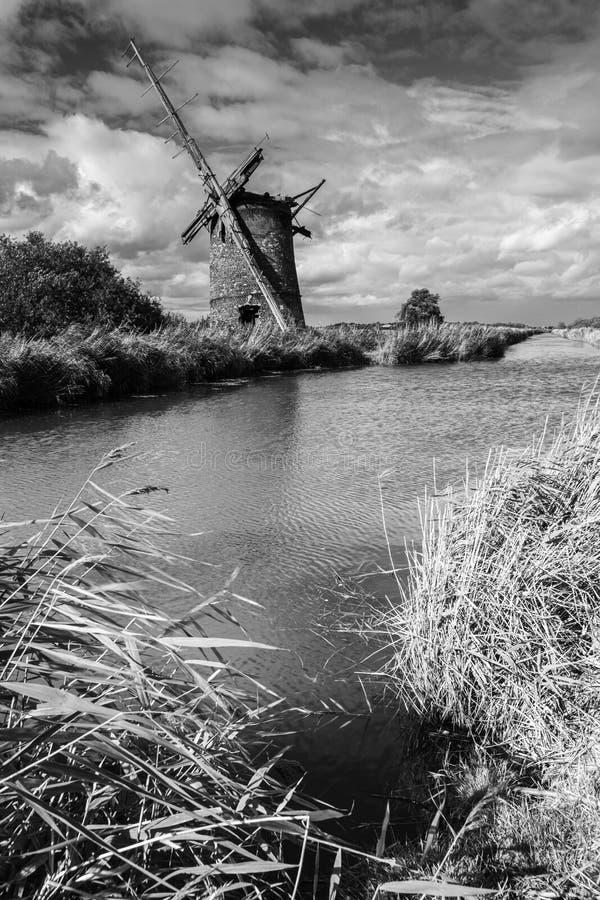 Windmill bij Horsey, Norfolk stock foto