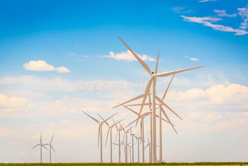 windmills imagens de stock royalty free