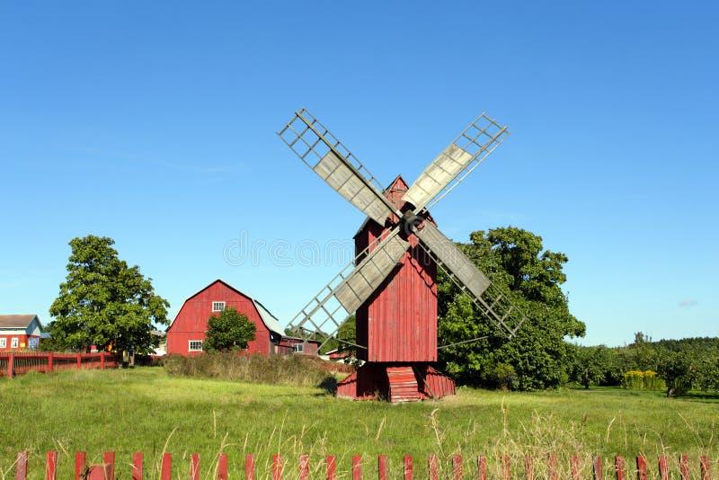 Windmolen in Aland-Eilanden stock foto