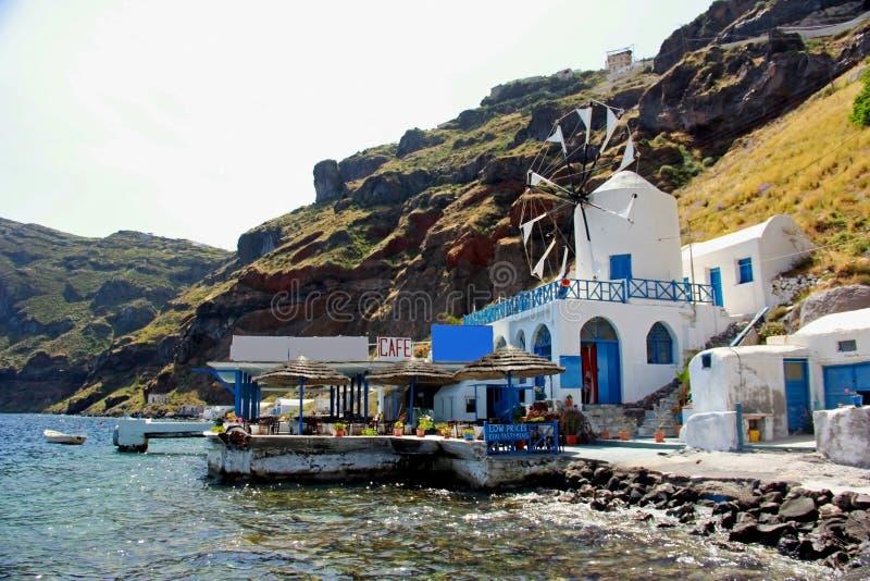 Windmolen en terrece in Santorini, Griekenland royalty-vrije stock fotografie
