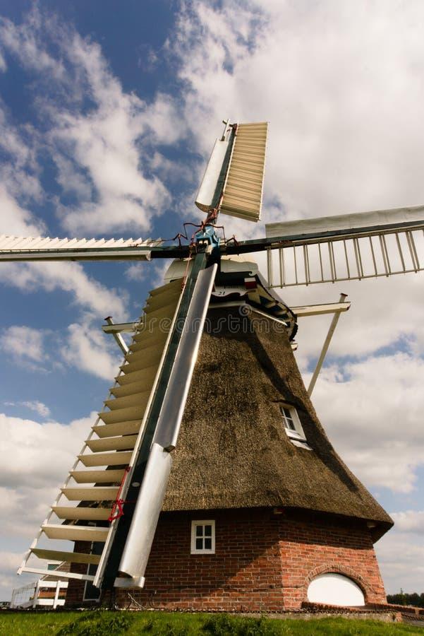 Windmolen Groningen Nederland stock afbeelding