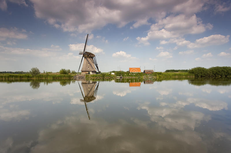 Windmolen in Holland royalty-vrije stock afbeelding