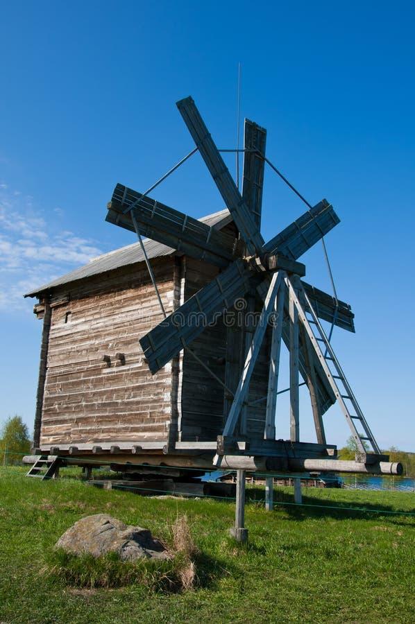 Windmolen. Mooi eiland Kizhi royalty-vrije stock afbeeldingen