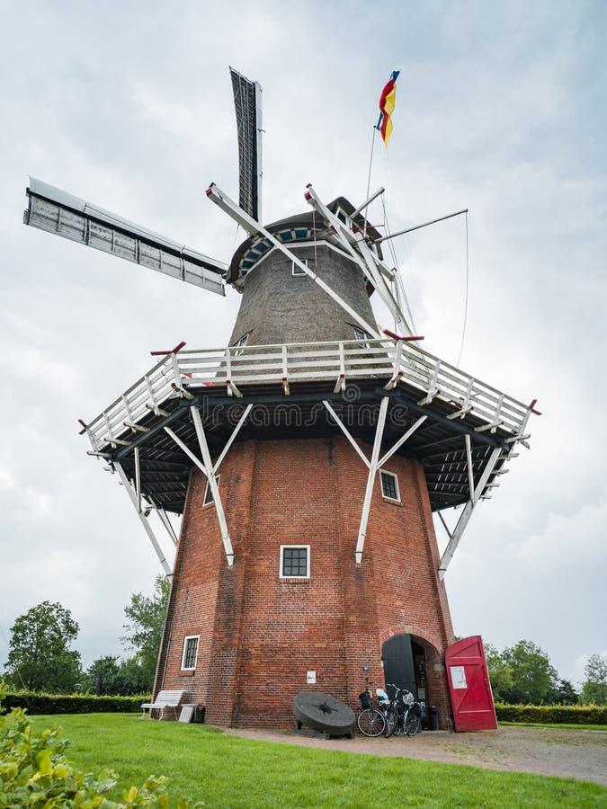 Windmolen in Noordelijk Nederland royalty-vrije stock fotografie