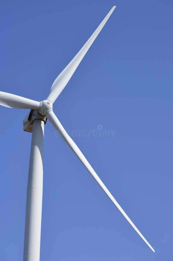 Windmolen Schone energie Alternativenergie stock afbeeldingen