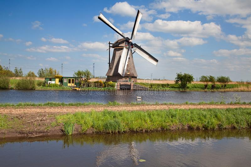 windmolens stock foto's