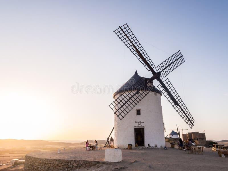 Windmolens in Consuegra, Toledo Province, Castilla La Mancha, Kuuroord stock afbeelding