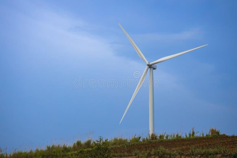 Windmolens voor Electric Power-Productie royalty-vrije stock afbeeldingen