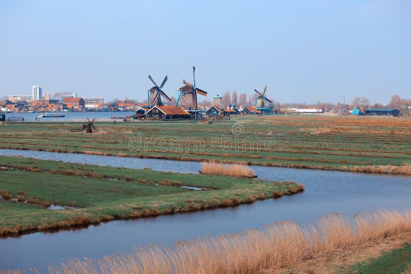 Windmolens in Zaanse Schans stock fotografie