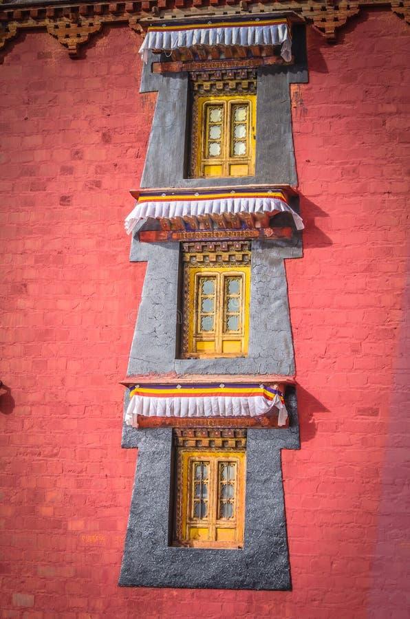 Windows świątynia w Tybet fotografia royalty free
