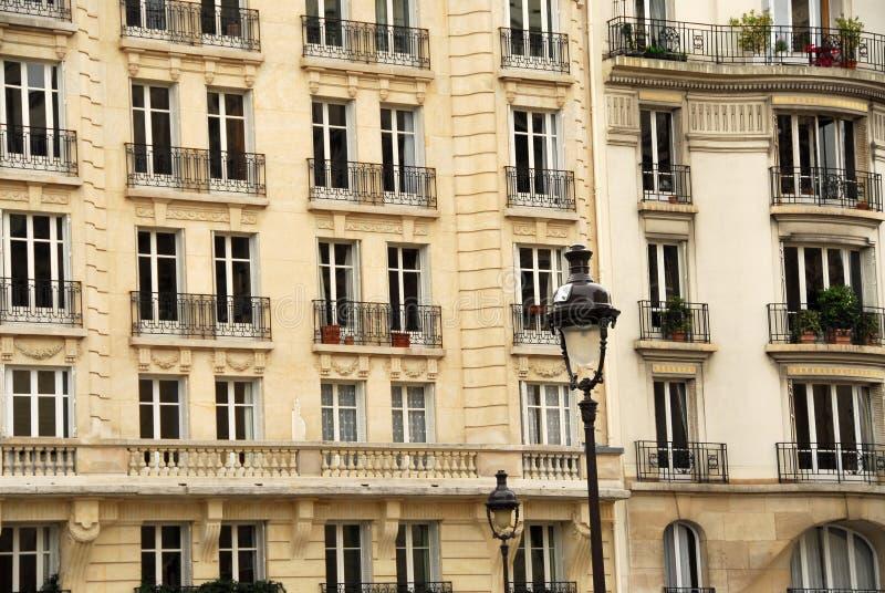 Windows του Παρισιού στοκ φωτογραφίες