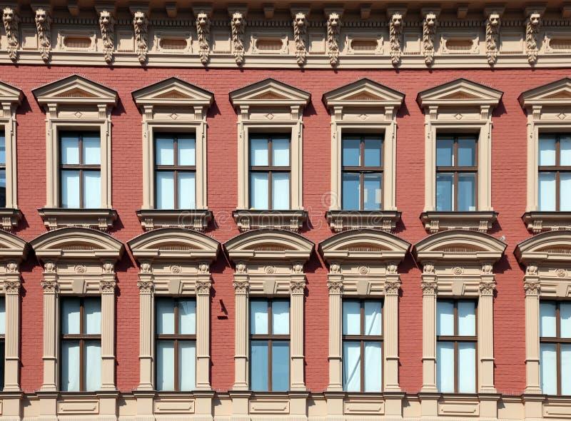 Download Windows zdjęcie stock. Obraz złożonej z city, wzór, budynek - 28969584
