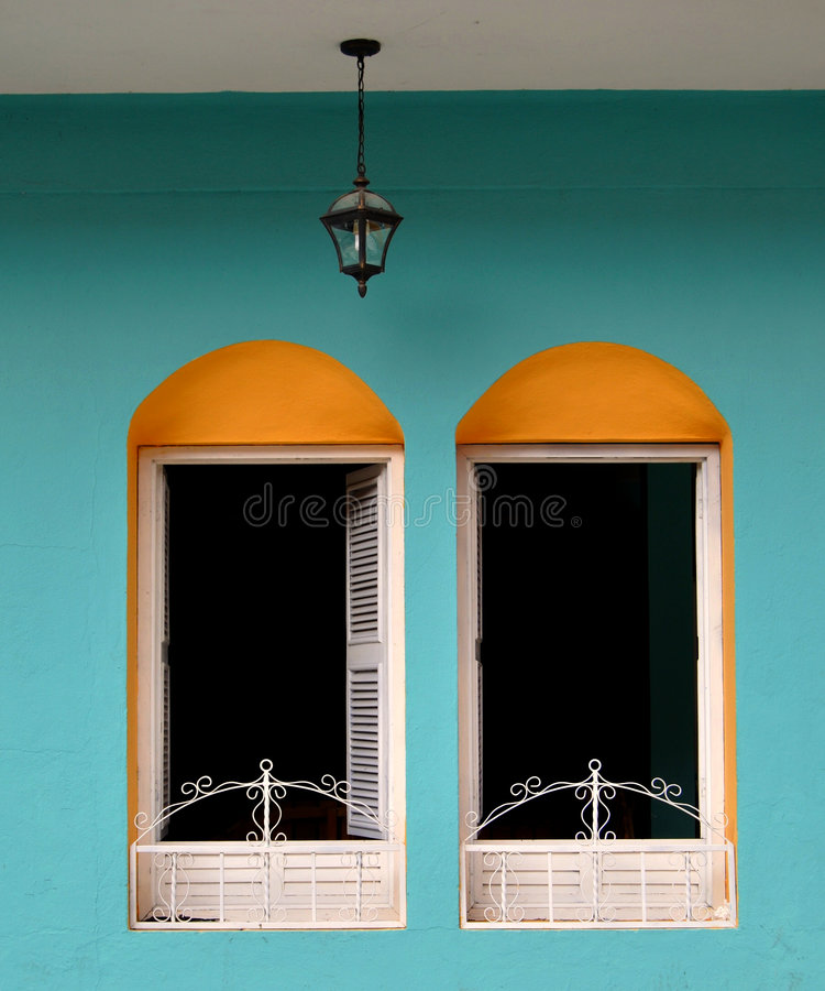 Download Windows Royalty Free Stock Images - Image: 8003839